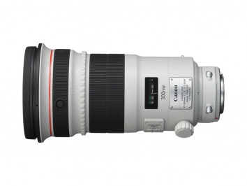 Canon EF 300mm f/2.8L IS II USM objektív